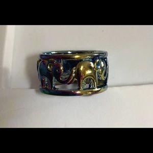 Size 9 Elephant Band Ring NWOT